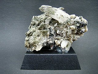 arzenopyrit + křemen